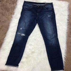 BLANK NYC the reade skinny distressed jeans